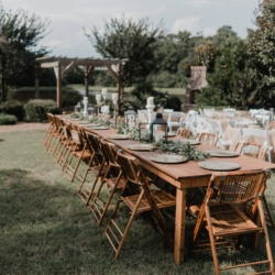 farm table head table at Camellia Gardens