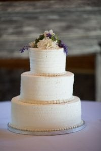 Publix wedding cake at Rolling Hills Farms wedding in Charlotte North Carolina