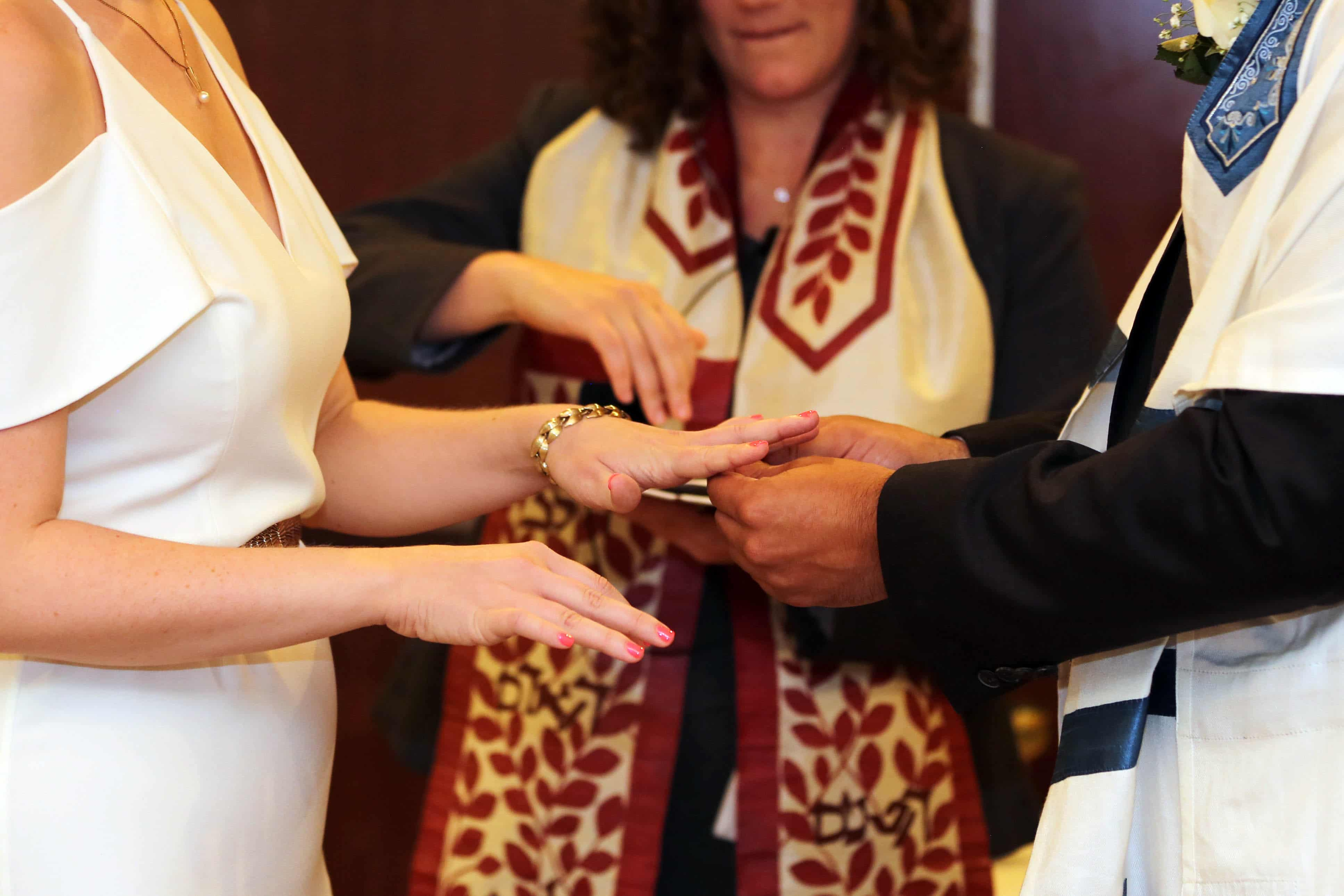 Traditional Jewish Ceremony coordinated by Magnificent Moments Weddings