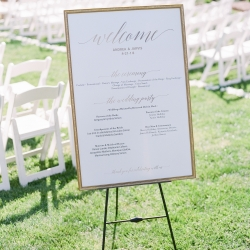 Welcome sign for wedding ceremony at Vesuvius Vineyards coordinated by Magnificent Moments Weddings