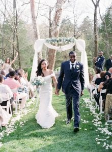 Bride and groom recess out of their ceremony at Vesuvius Vineyards coordination by Magnificent Moments Weddings