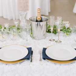 Head Table setting for Vesuivus Vineyard Wedding coordinated by Magnificent Moments Weddings