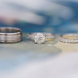 Detail shot of bridal rings captured by Almond Lear Studios for a Vesuvius Vineyards wedding