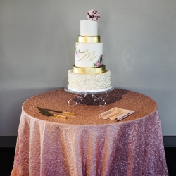 Stunning wedding cake by WoW Factor shows off the modern elegance of the event coordinated by Magnificent Moments Weddings