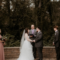 Avonne Photography captures the wedding ceremony of a fall bride and groom at Ritchie Hill