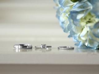 Detail shots of wedding rings