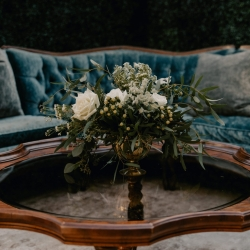 Vintage sofa set were the perfect conversation setting for a fall wedding at Ritchie Hill