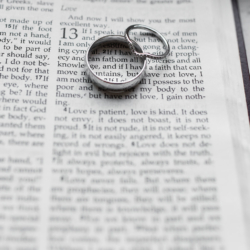 wedding rings on 1st Corinthians 13