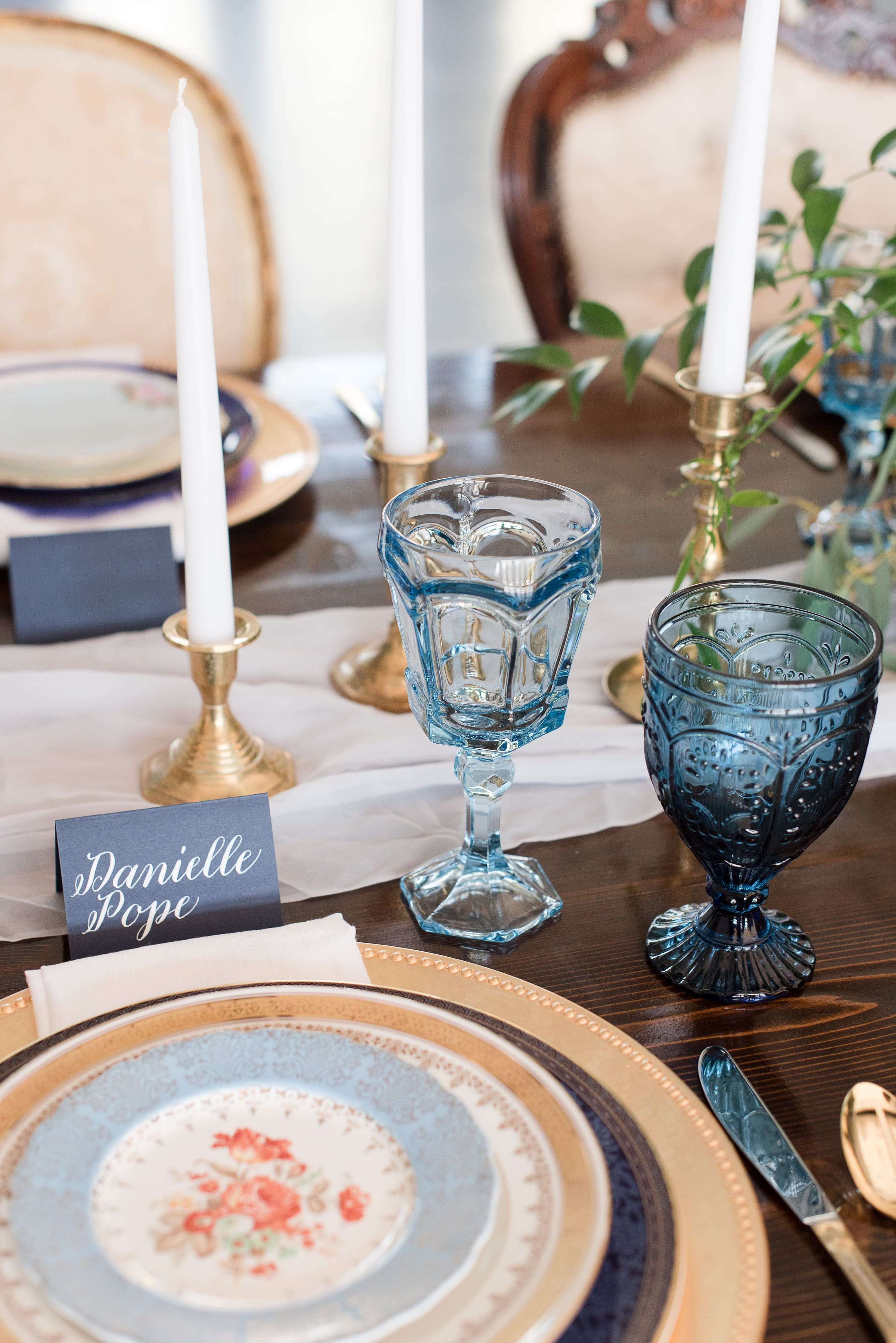 French blue place setting for a wedding reception at Southern Charm Events
