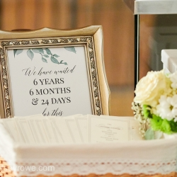 Guest table shows off unique features for a summer bride married at The Mint Museum Uptown