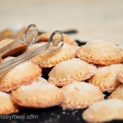 Sweet hand pie desserts created by Something Classic for a summer wedding captured by Critsey Rowe Photography