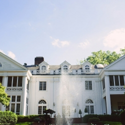 The Duke Mansion in Charlotte North Carolina served as a stunning backdrop for a fall wedding coordinated by Magnificent Moments Weddings