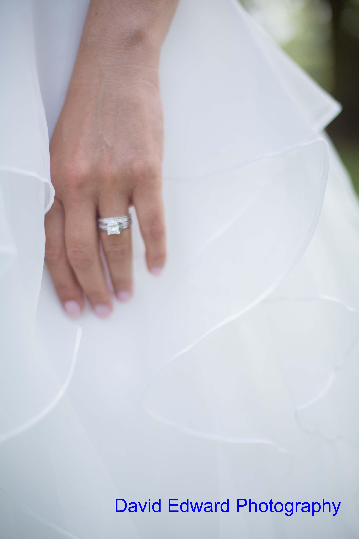 Magnificent Moments Weddings Dairy Barn David Edward Photography(13) Min