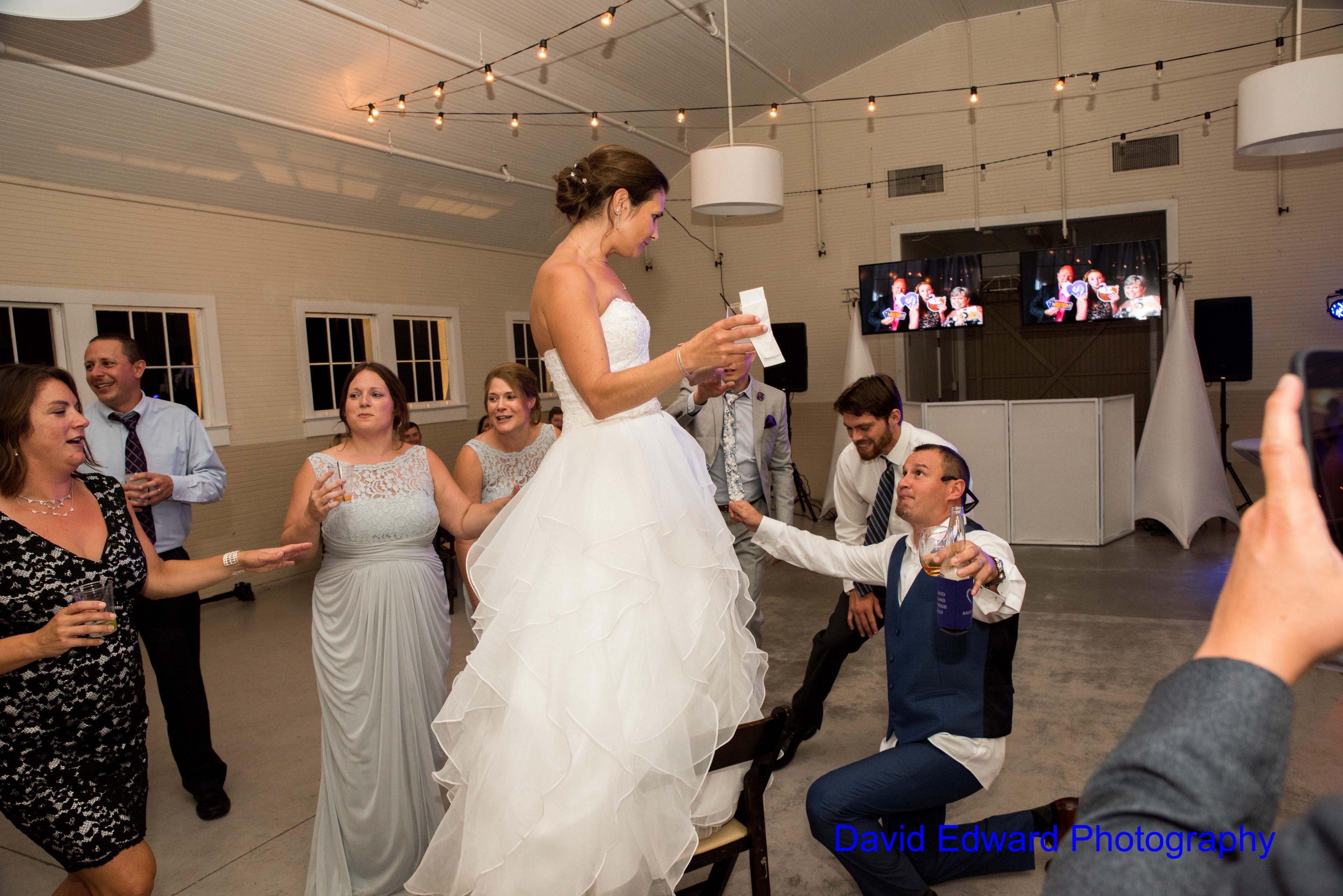 Magnificent Moments Weddings Dairy Barn David Edward Photography(22) Min