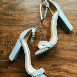 David Mendoza III Photography captures a detail shot of the bides light blue velvet heels
