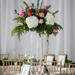Uptown Charlotte wedding at the Mint Museum captured by Discover Love Studios