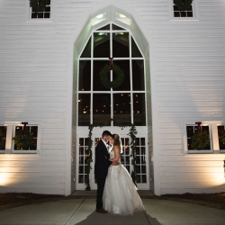 The Diary Barn was the perfect backdrop to a winter wedding captured by Grace Hill Photography