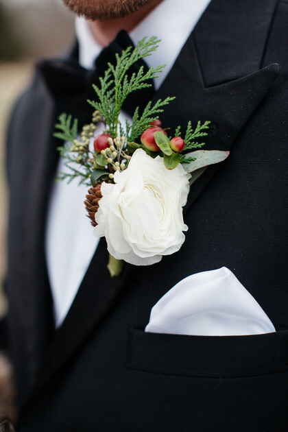 Detail shot of grooms boutineer created by Buy the Bunch