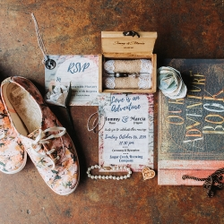 John Branch IV Photography captures the details of a fall travel themed wedding