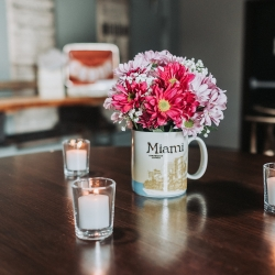 John Branch IV Photography captures the details of florals during a fall wedding at Sugar Creek Brewery