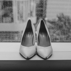 Kelly Meyers photography captures the details of bridal accessories for a summer wedding in Uptown Charlotte North Carolina