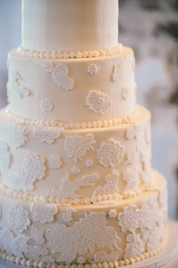 lace wedding cake design