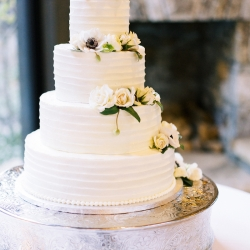 Sweet Promises Bakery creates an amazing cake for a fall wedding at Old Edwards Inn
