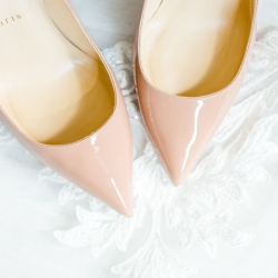 Detail of stunning bridal shoes for a summer wedding in Charlotte coordinated by Magnificent Moments Weddings