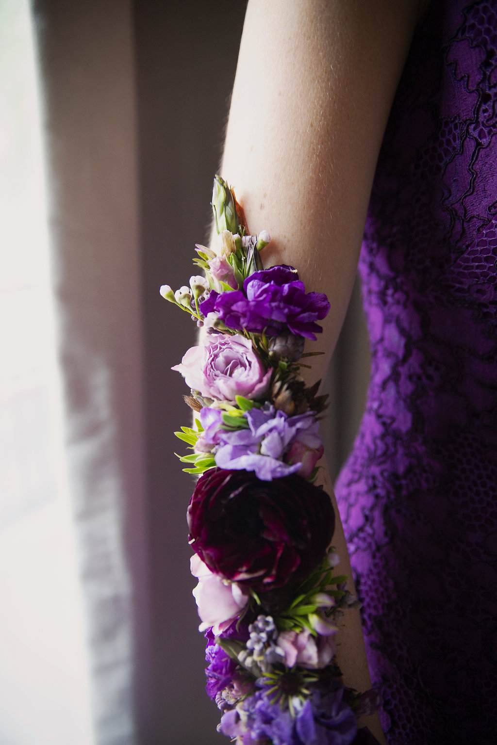 Detail show of flower tattoo created by Whats Up Buttercup for a spring wedding at Foundation for the Carolinas