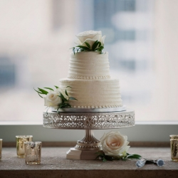 Two tier white cake from Publix is the perfect sweet treat for a summer wedding at The Mint Museum Uptown