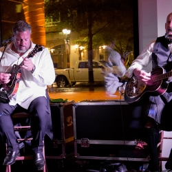 Live music provided by Ike and Martin was the perfect touch for a fall wedding reception coordinated by Magnificent Moments Weddings