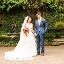 Taylor Main Photography captures a bride and groom at The Green during their Uptown Charlotte Wedding