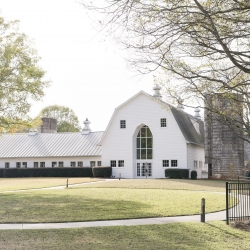 The Dairy Barn is the perfect location for a fall wedding in Fort Mill, South Caraolina