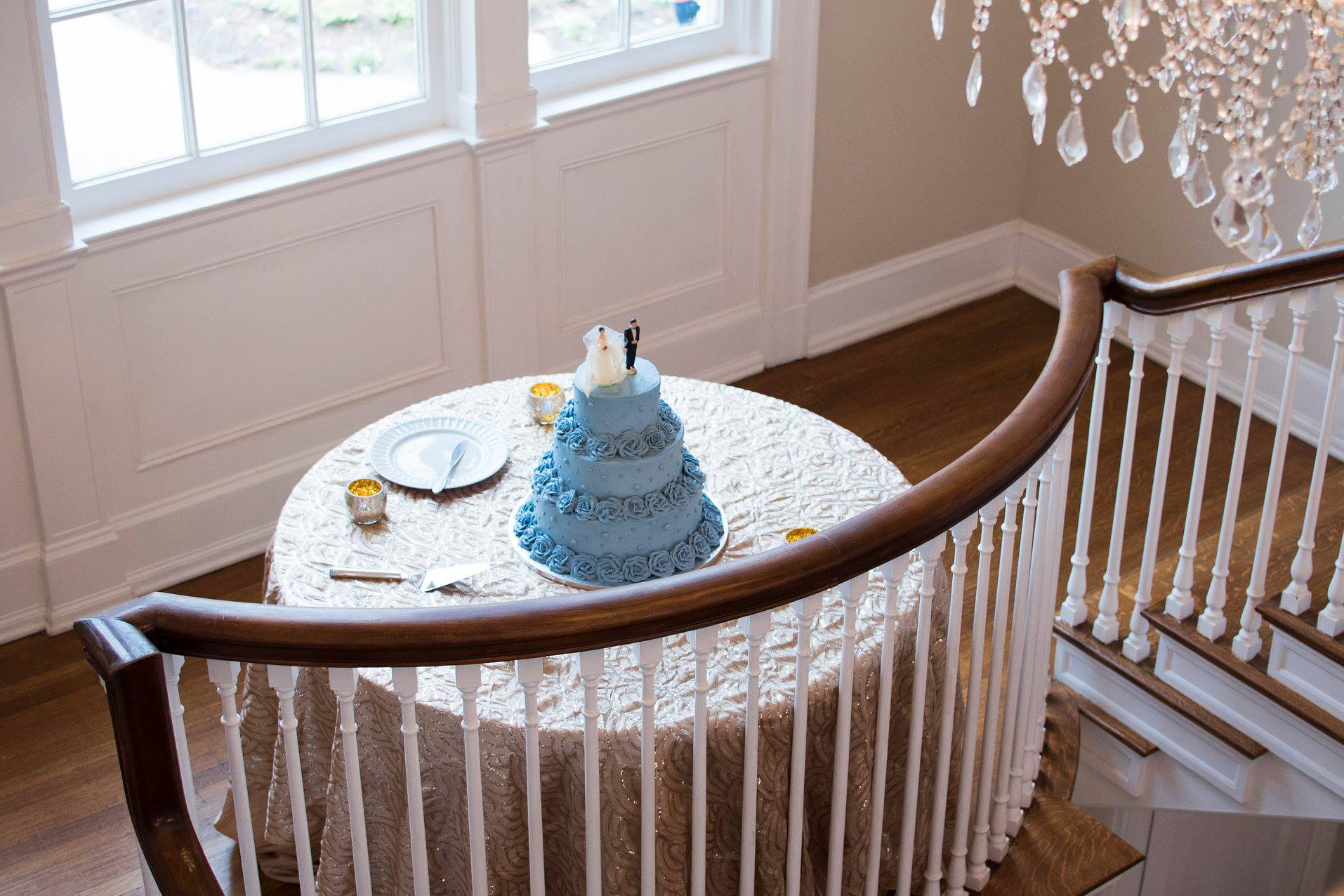 Amazing pale blue wedding cake from Publix bakery for wedding reception at Separk Mansion