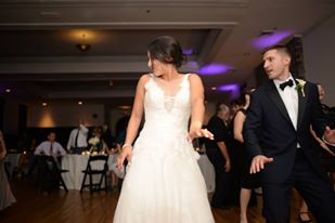 bride and groom dancing on the dance floors at the Palmer Building