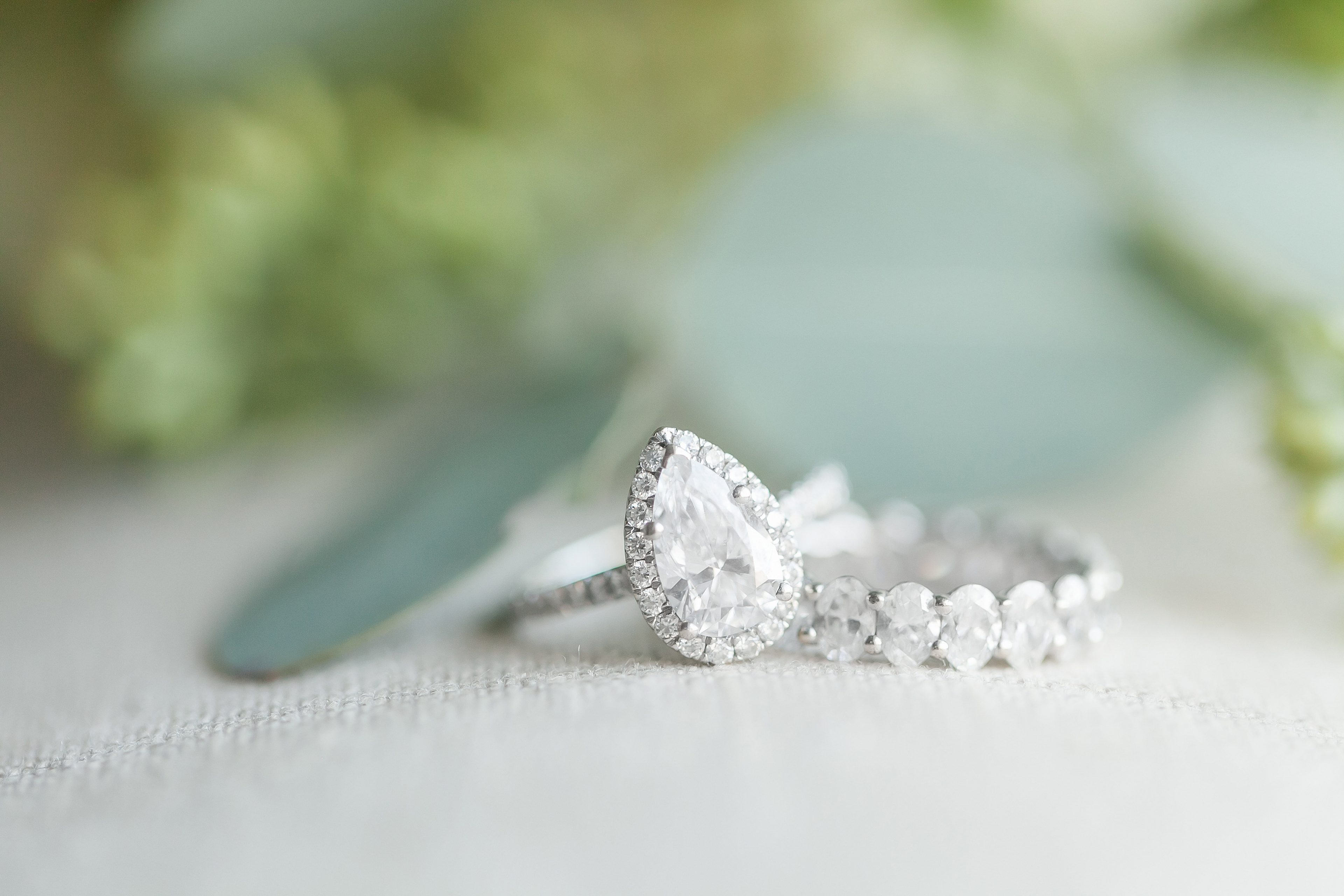 Detail shot of bridal rings captured by Casey Hendrickson Photography