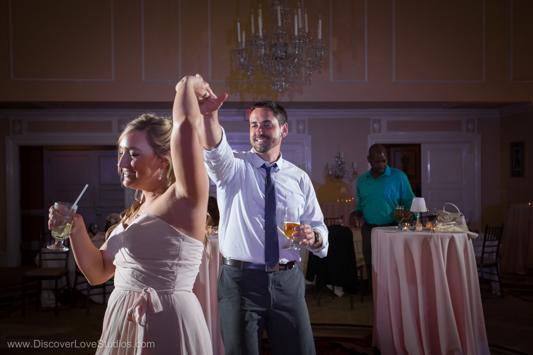 Dancing at a wedding at the Charlotte City Club.
