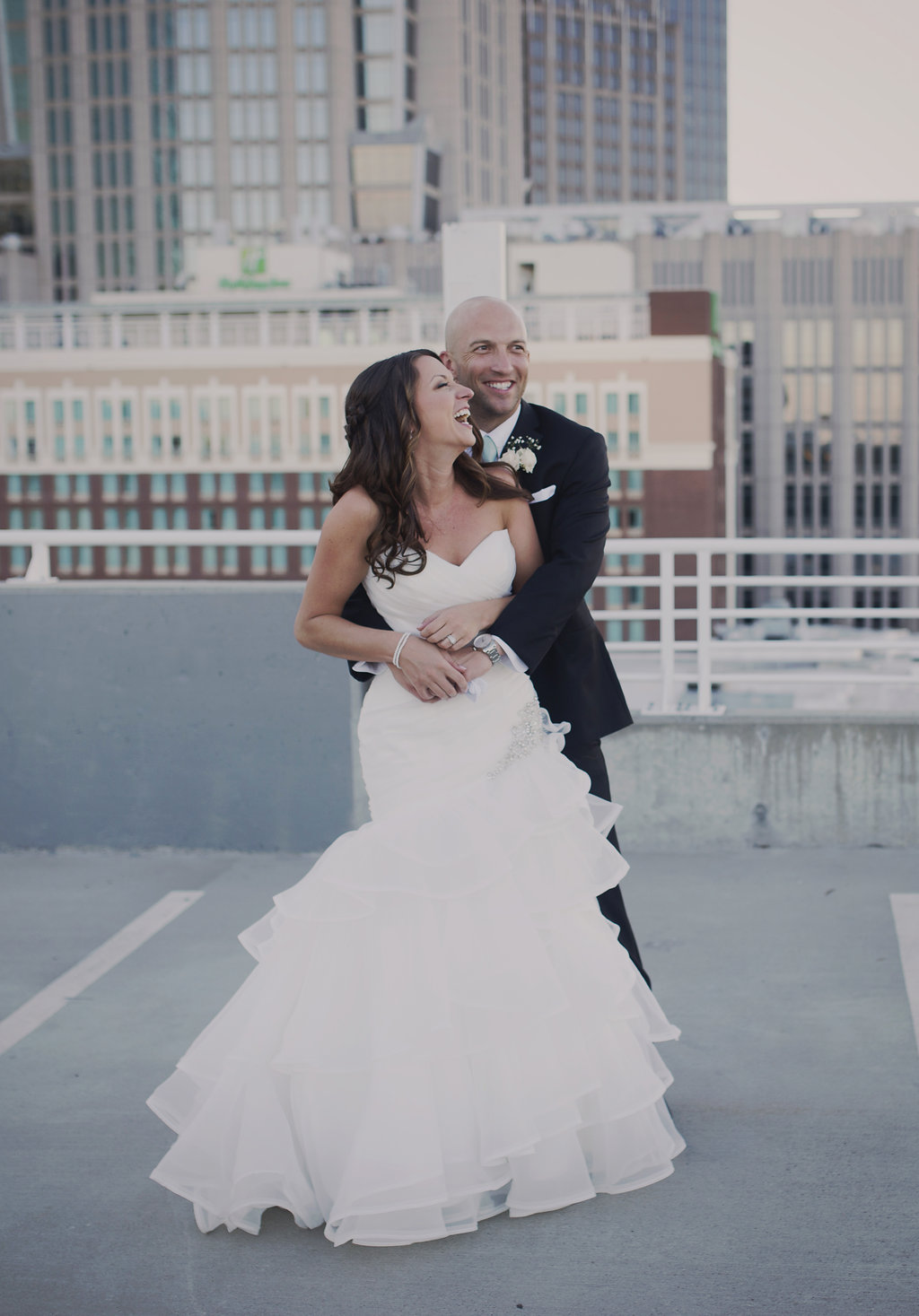 Bride and groom photos in Uptown Charlotte.