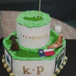 grooms cake with a nod to golf, Texas, their dog and cowboy boots