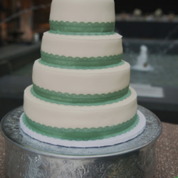 Wedding cake with four tiers.